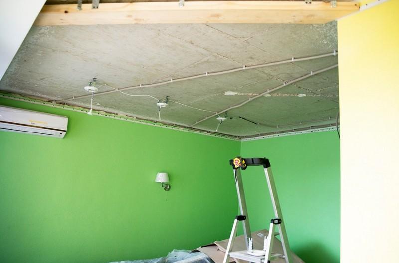 Подготовьте потолок
